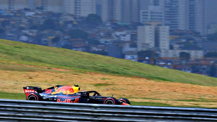 Red Bull Racing RB14 - MV33