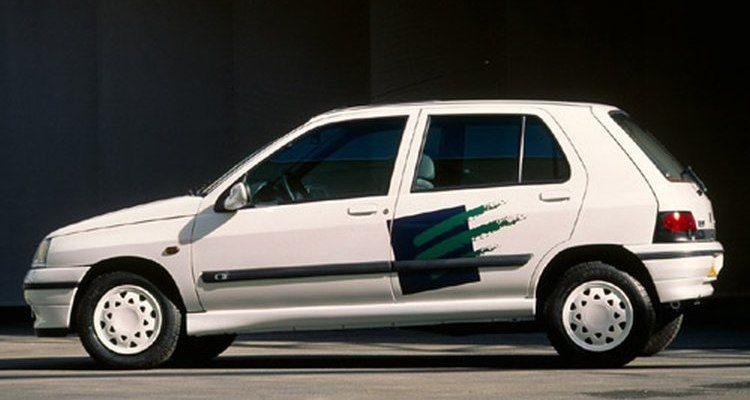 Renault Clio Electrique met laadsnoer
