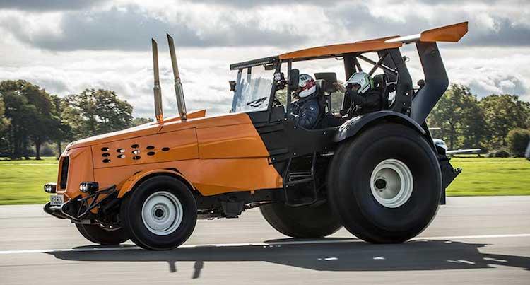 Maak kennis met de snelste tractor op aarde