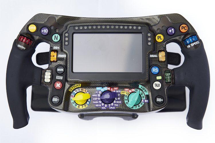 Dit doen de knoppen op het stuur van een F1-auto