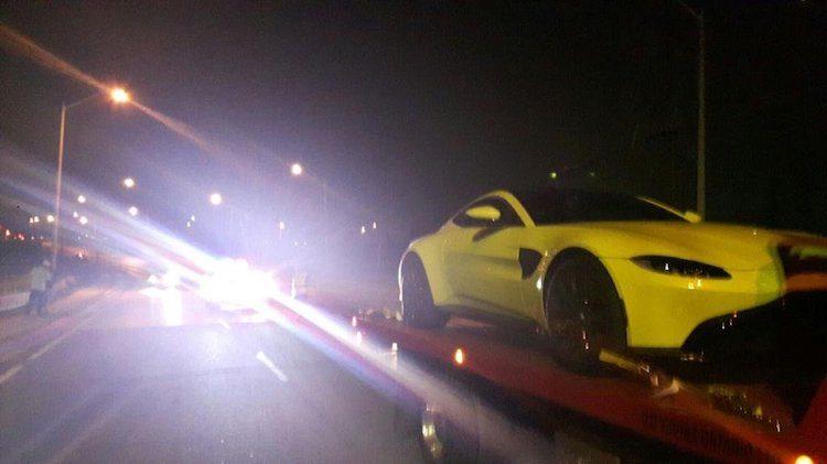 31-jarige kan niet omgaan met nieuwe Aston Martin Vantage