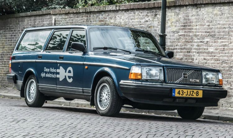 Volvo 240 Electric