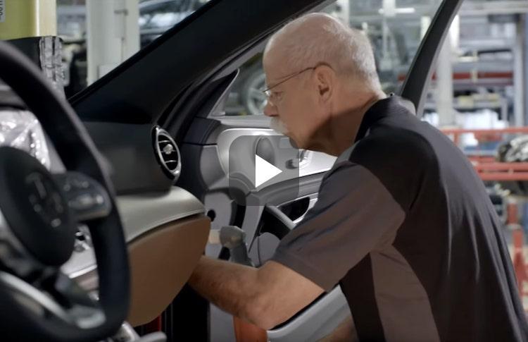 Video: Mercedes-hoofd zoekt nieuwe baan