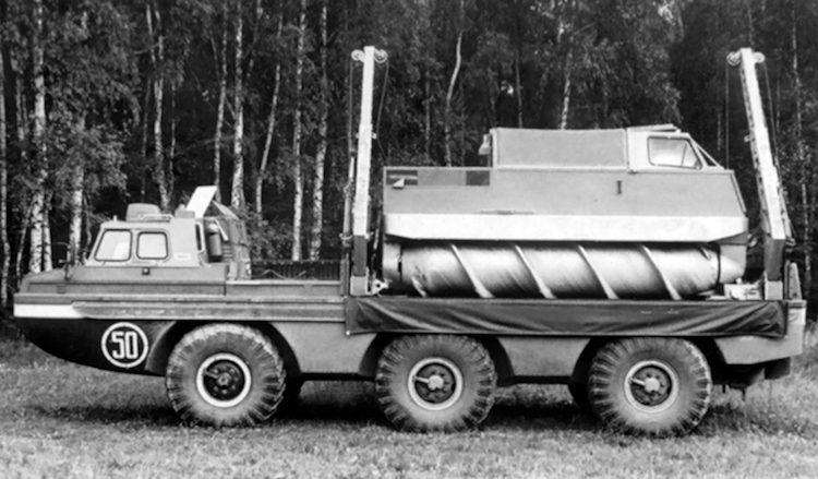 Vis je eigen ruimtesondes uit het water met deze peperdure truck