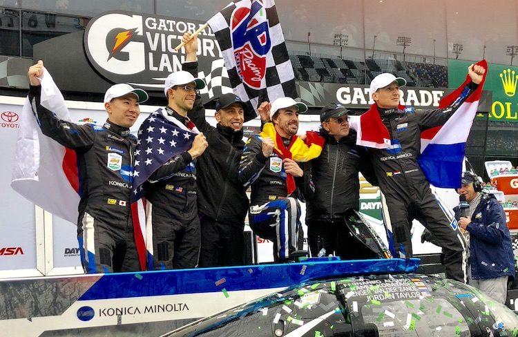 Nederlander en Alonso winnen 24u Daytona