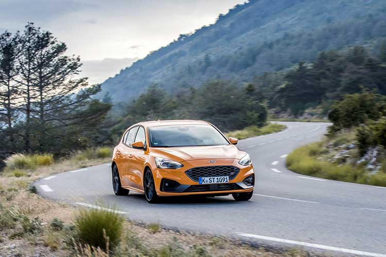 Ford Focus ST rijtest en video