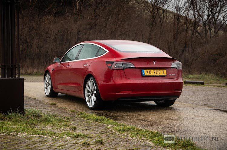 Tesla V10: de grootste update ooit