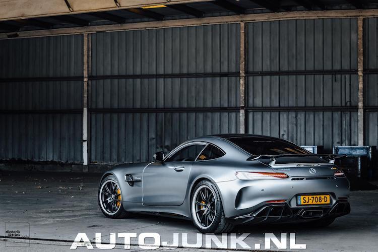 6x Nederlandse Merc-AMG GT R in 6 verschillende kleuren