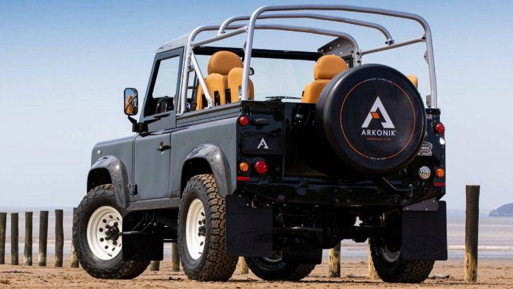 Arkonik Land Rover Defender V8 '19