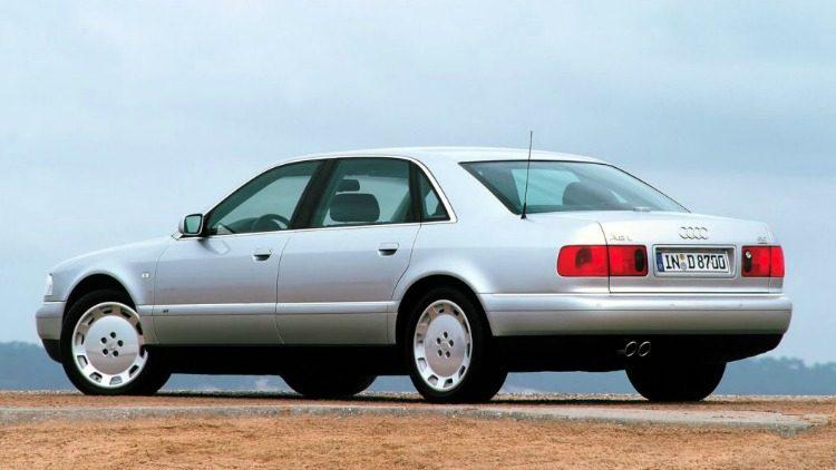 Audi A8 6.0 L quattro (D2) '01