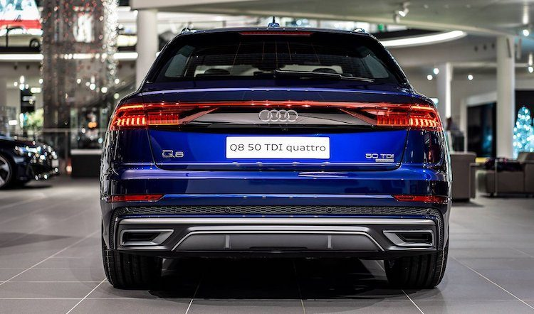 Audi Q8 in Navarre Blue is zéér chic