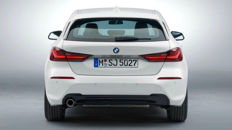 BMW 118i Sportline (F40)