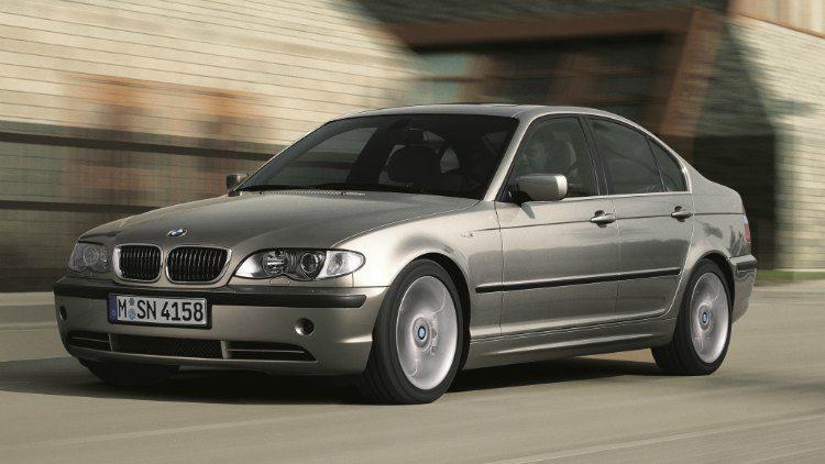 BMW 330i (E46) '02