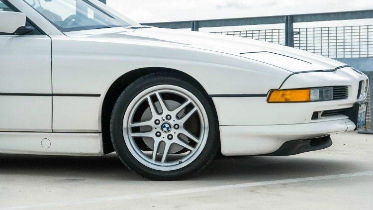 BMW 850i (E31)