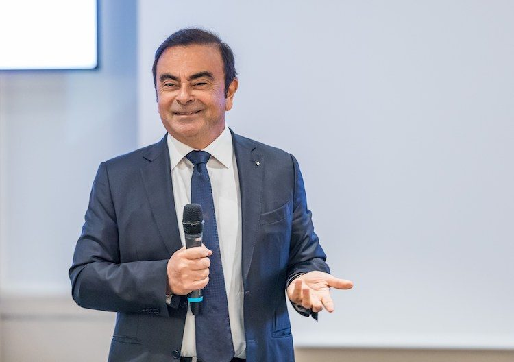 ex-Nissan en Renault CEO Ghosn vlucht Japan uit