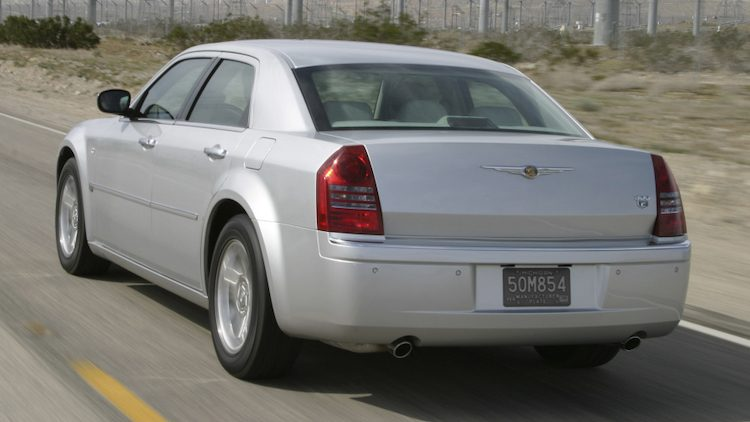 Chrysler 300C 2.7 V6 (LE) '05
