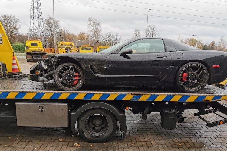 Auw, Corvette van AB lezer gecrasht