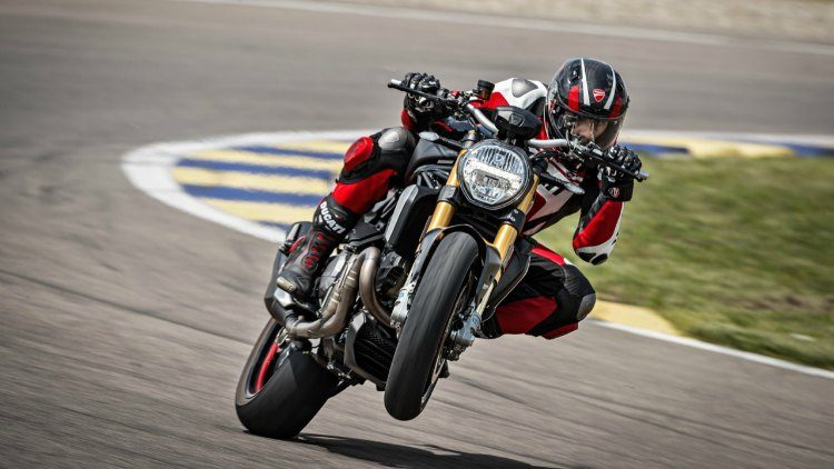 Ducati Monster Black on Black '20