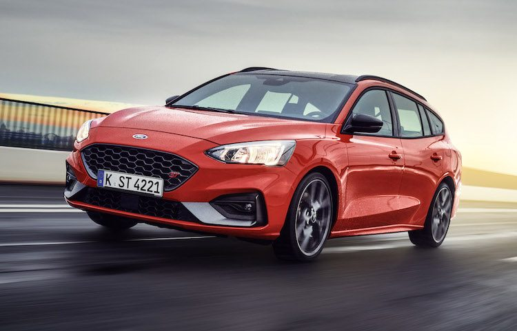 Hier is de Ford Focus ST Wagon, en wat 'ie kost