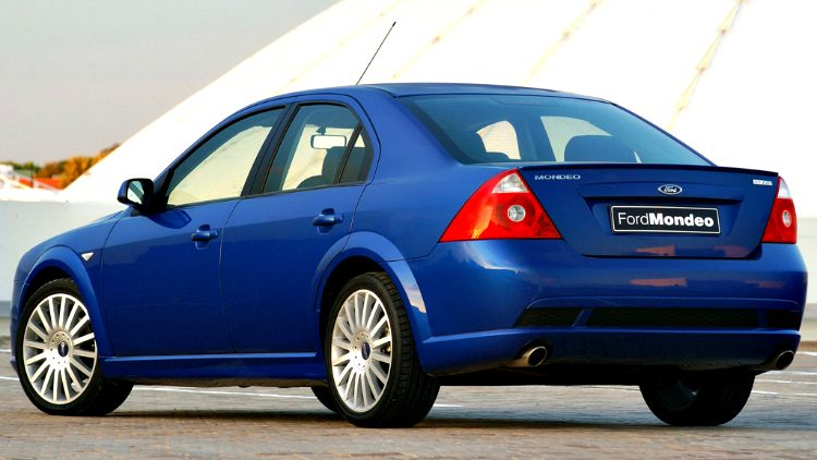Ford Mondeo ST220 '05
