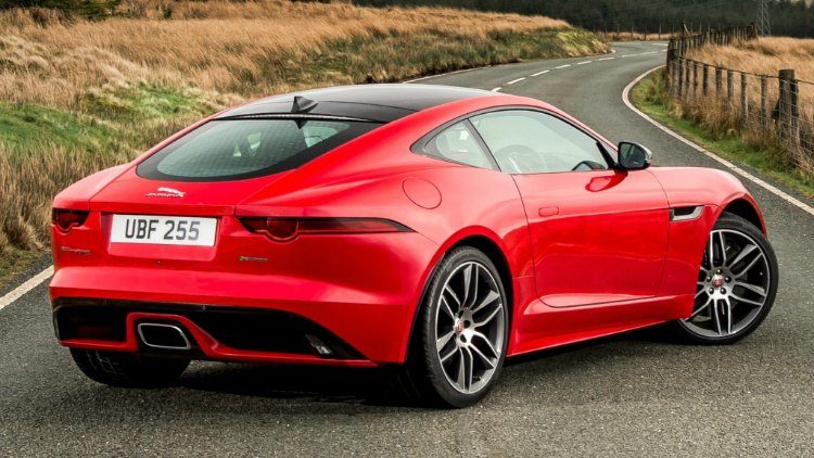 Jaguar F-Type 2.0 R-Dynmiac Carbon Pack '17