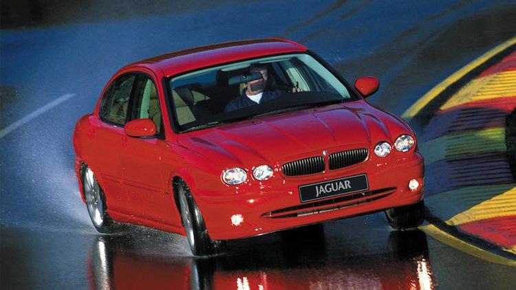 Jaguar X-Type 2.5 V6 Sport (X400) '03