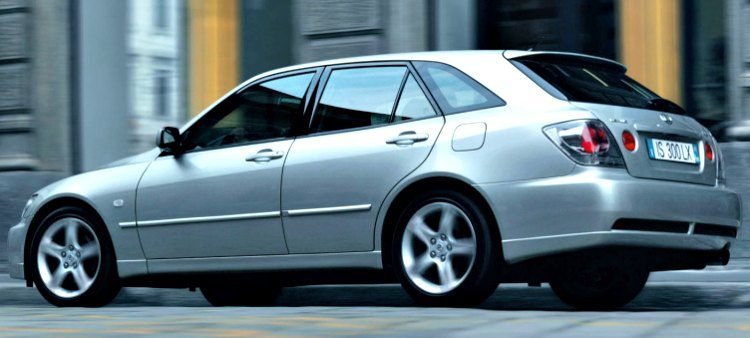 Lexus IS300 Sportcross (XE10) '04