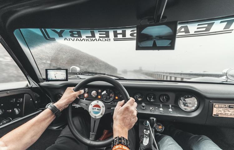 Fotoshoot: keihard meerijden in een Ford GT40