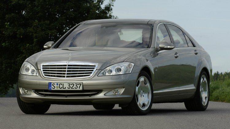 Mercedes-Benz S600 (W221) '05
