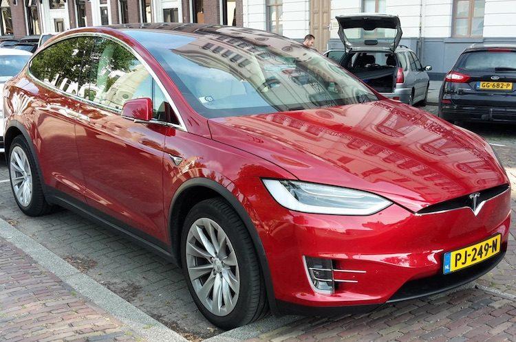 Tesla schroeft productie Model S en Model X terug