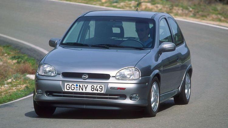 Opel Corsa GSI '93
