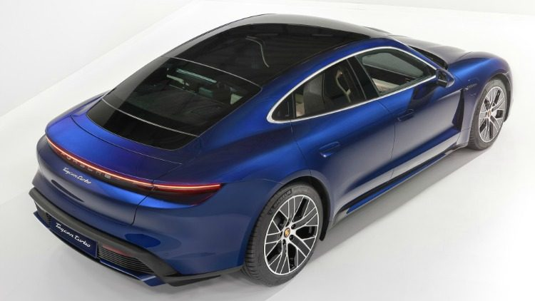 Porsche Taycan Turbo S - Tesla Model S P100D Performance '19