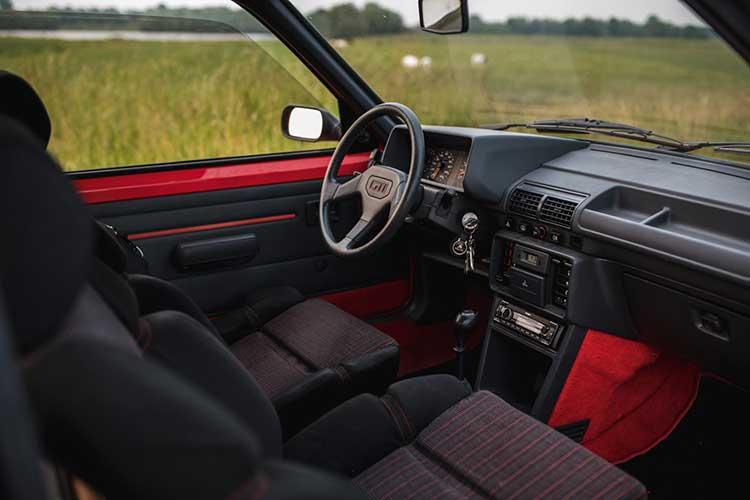 Peugeot 205 GTi Casper