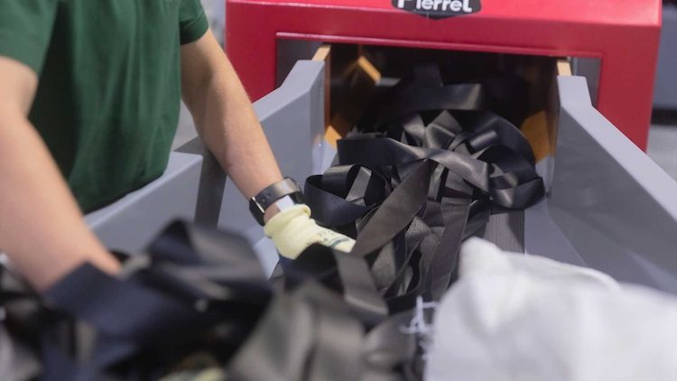 Renault gebruikt oude gordels in de Zoe
