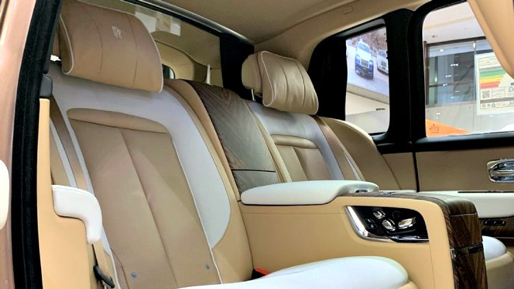 Rolls-Royce Cullinan '19