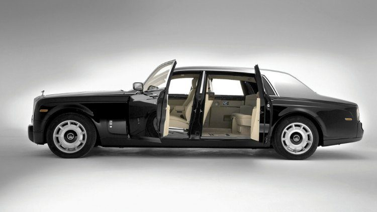 Rolls-Royce Phantom EWB '05