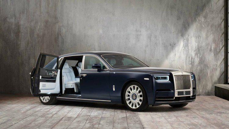 Rolls-Royce Phantom Rose '19