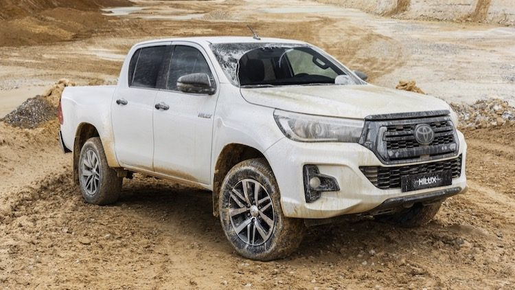Toyota Hilux (AN120) '19