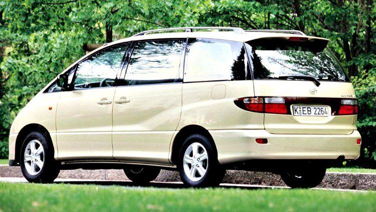 Toyota Previa '02