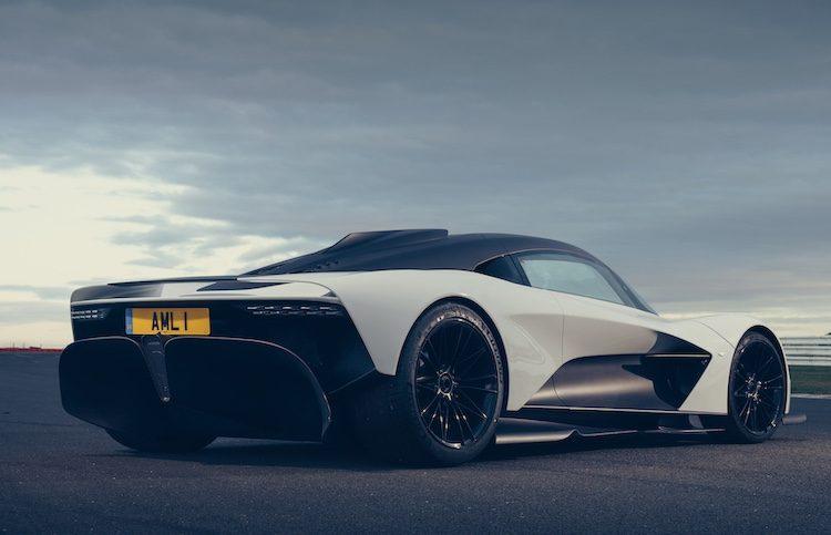 Aston Martin Valhalla mag voor het eerst buiten spelen
