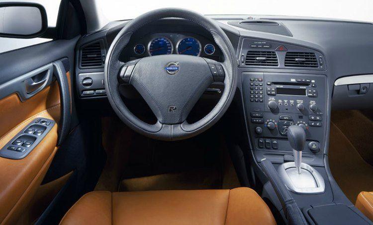 Volvo S60 R AWD '03